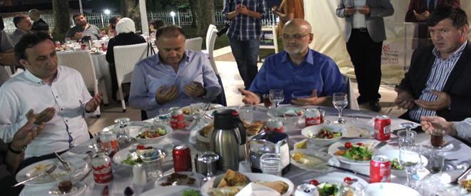 Beykoz'da Ensar ve Muhacir iftarda buluştu