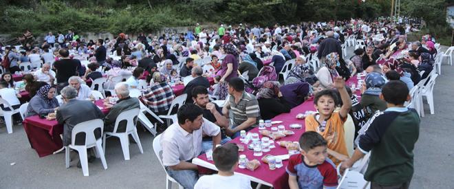 Beykoz' da sokak iftarları Soğuksu ve Alibahadır ile başladı