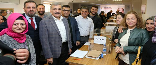 AK Parti Beykoz bayram havasında delegelerini seçti