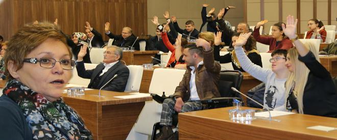 Saniye Efe Beykoz'un ilk engelliler meclis başkanı seçildi